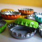 Recycle flessendopjes: maak er leuke magneten van!