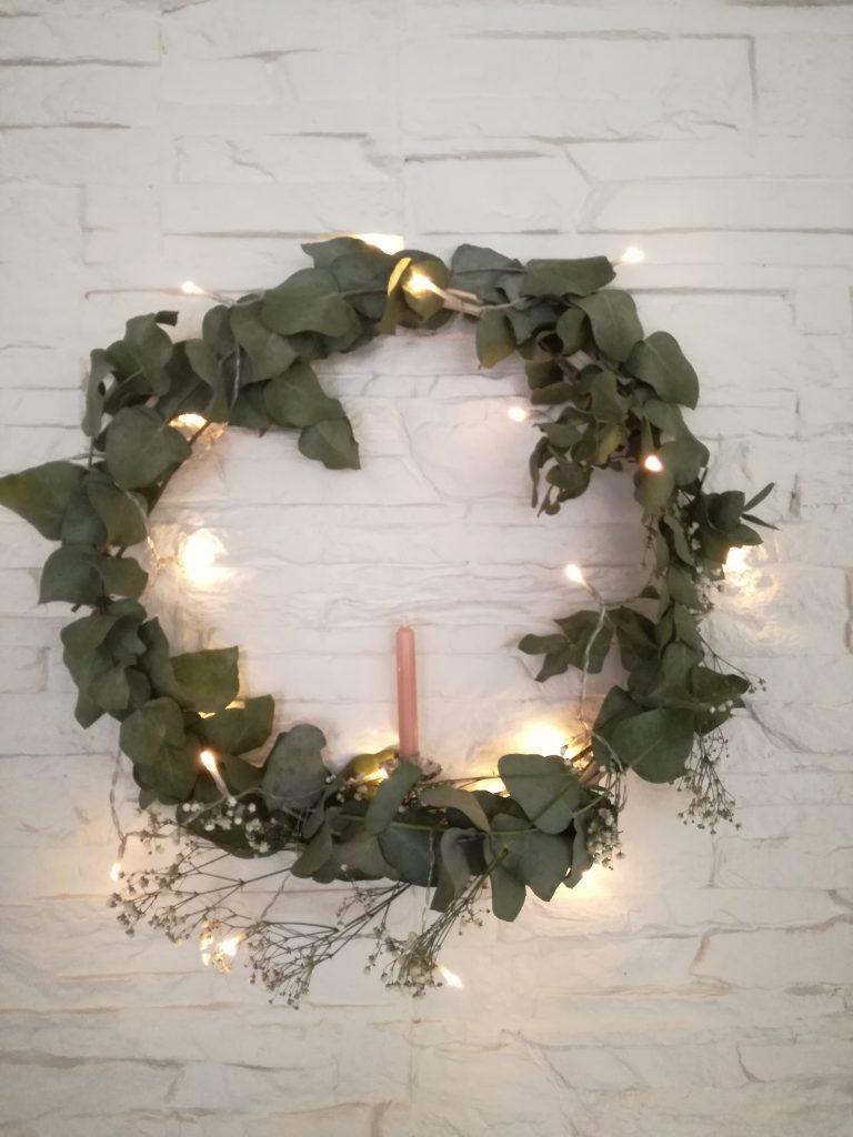 zelf een kerstkrans maken